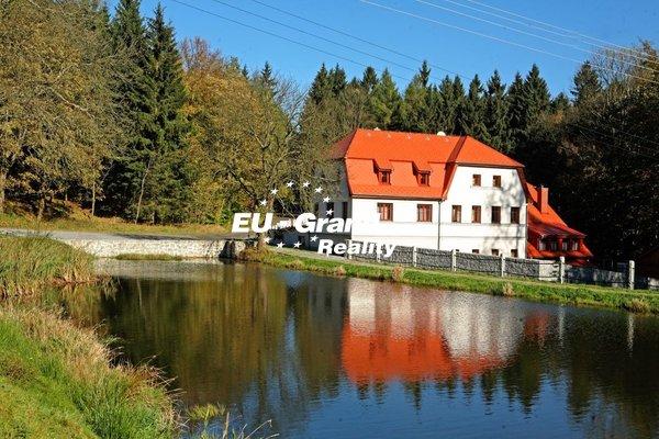 Pronájem restaurace v obci Šluknov - Kunratice, okr.Děčín