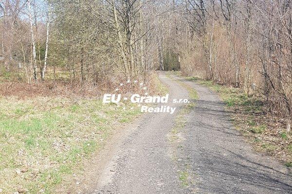 nabízí prodej pozemků - zahrady Varnsdorf
