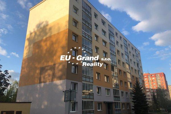 Prodej družstevního bytu 3+1+L ve Varndorfu