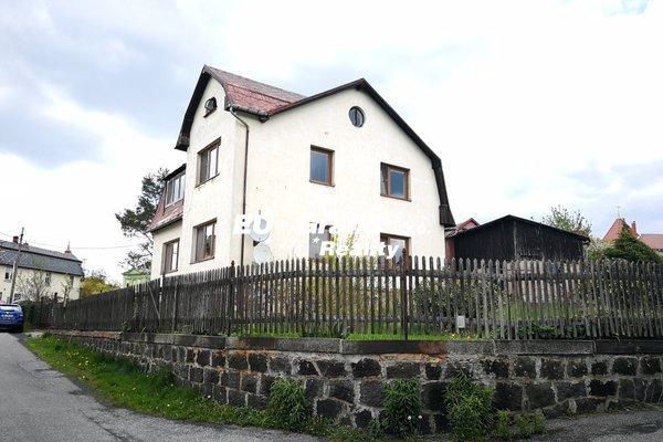 Prodej rodinného domu v obci Lipová