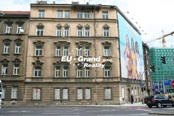 nabízí, prodej, činžovní domy Praha Smíchov 578m2