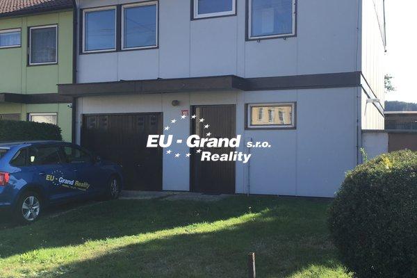 Prodej řadového domu - Dolní Podluží