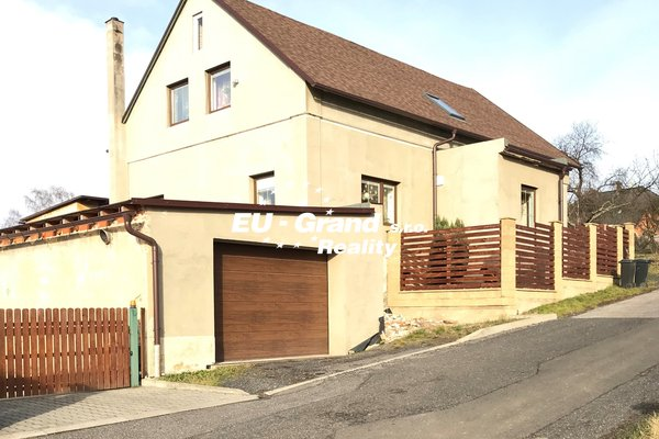 Prodej RD s garáží a stodolou