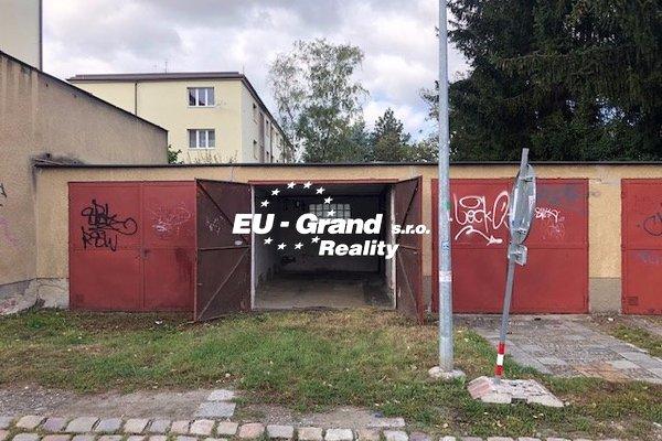 Prodej garáže Gončarenkova Praha 4