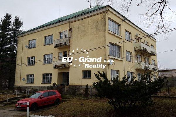Prodej bytového domu - 12 bytových jednotek