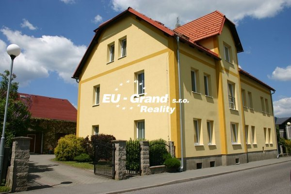 nabízí, prodej, rodinné domy Nový Bor