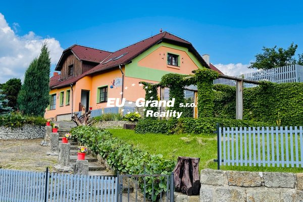 Prodej nemovitosti k  podnikání - Sedlec