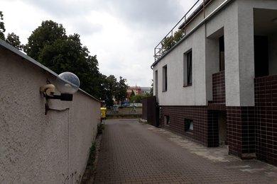 Pronájem, Ostatní komerční nemovitosti, 200m² - Kroměříž, Ev.č.: 00233