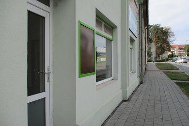 Pronájem, Obchodní prostory, 100m² - Kroměříž, Ev.č.: 00354