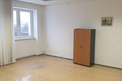 Pronájem, Kanceláře, 26m² - Hulín, Ev.č.: 00381