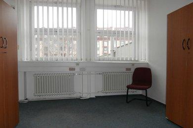 Pronájem, Kanceláře, 39m² - Kroměříž, Ev.č.: 00385