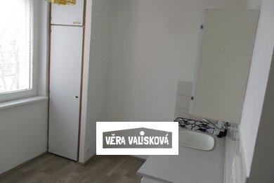 Pronájem, Byty 1+1, 32m² - Kroměříž, Ev.č.: 00477