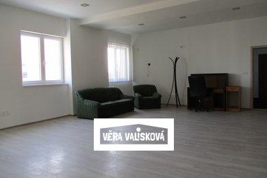 Pronájem, Kanceláře, 150m² - Kroměříž, Ev.č.: 00486