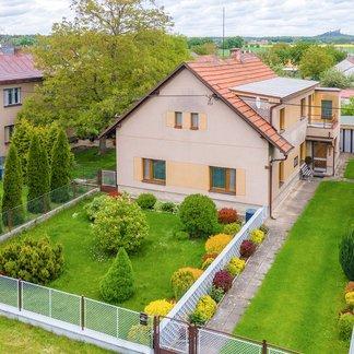 Prodej rodinného domu 200m², pozemek 720 m2