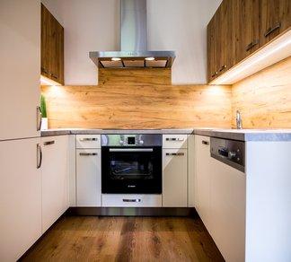 Pronájem bytu 2+kk, po rekonstrukci, zařízený, 40m² - Brno - Veveří - Brno-střed