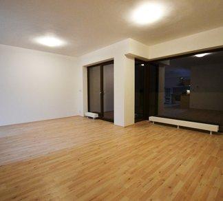 Pronájem novostavby bytu 2+kk, 64m2, balkon, sklep