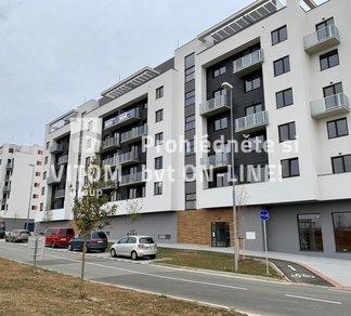 Pronájem nového bytu 1+kk, 28 m² s lodžií a zahrádkou 11 m²