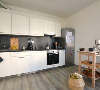 Nadstandardní novostavba bytu 2+kk, 51 m², velká terasa, část Sadová