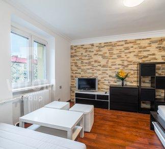 Pronájem bytu 1+kk, 30 m² - Ostrava - Zábřeh