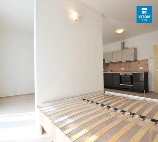 Podnájem bytu 1+kk, 40 m², Moderní byt v centru města, Milady Horákové, Brno - Černá Pole