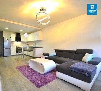 Podnájem bytu 2+kk 60m², Luxusní plně vybavený byt s garáží, Zoubkova - Nový Lískovec