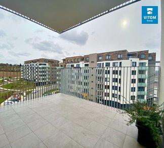 Podnájem prostorného 4+kk, 110 m², 2 parkovací místa, 2 balkóny  - Hugo Haase, Hlubočepy