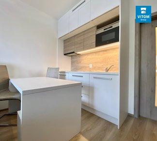 Podnájem bytu 1+kk, 30 m², balkón, sklep - Petrohradská, Vršovice