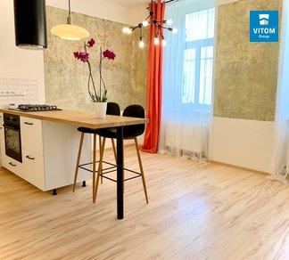 Podnájem nově zrekonstruovaného bytu 2+kk, 33m², Jihlava - Třebízského