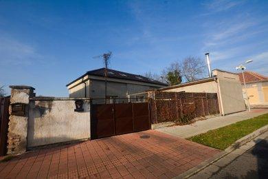 Prodej, Rodinné domy, 305m² - Pečky, Ev.č.: 00468
