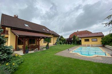 Prodej, Rodinné domy, 256m² - Šestajovice, Ev.č.: 00500