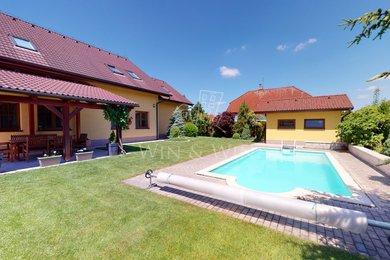 Prodej, Vila, 256m² - Šestajovice, Ev.č.: 00500