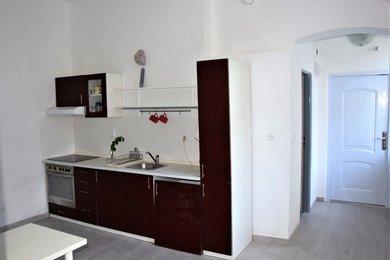 Pronájem bytu 1+1 Znojmo,  41m², Ev.č.: 00213