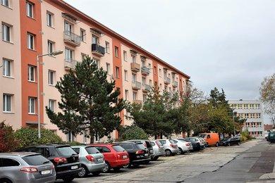 Prodej bytu  3+1, ul. Pražská sídliště  66m² - Znojmo, Ev.č.: 00233