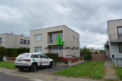 Prodej, Rodinné domy, 244m² - Miroslav, Ev.č.: 00321